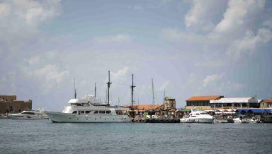 sadamas laevad